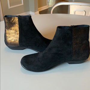 Dansko Black and Gold Ankle Boots 38